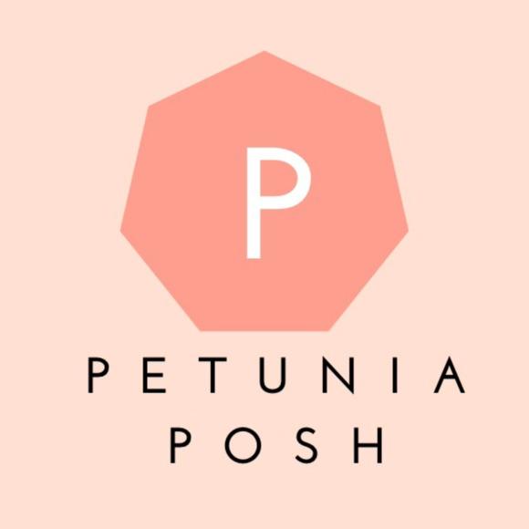petuniaposh